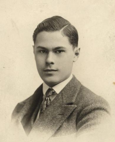 1931, Андрей Блум
